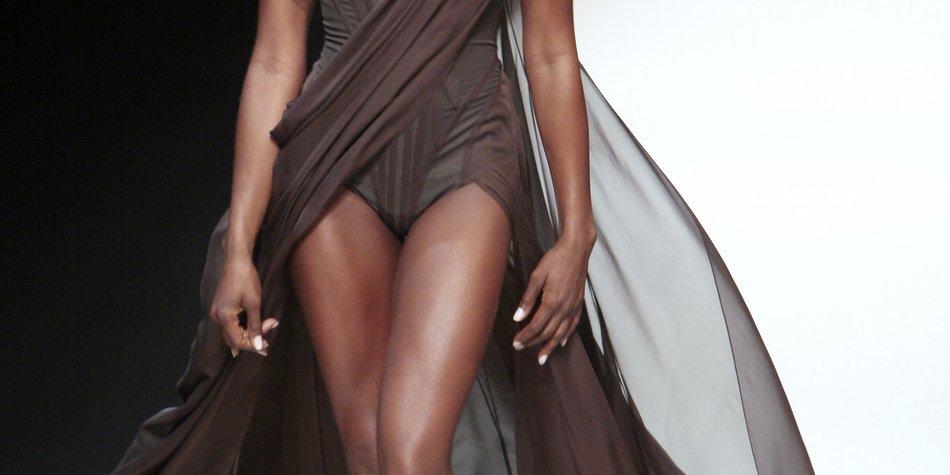 GNTM: Naomi Campbell als Catwalk-Trainerin
