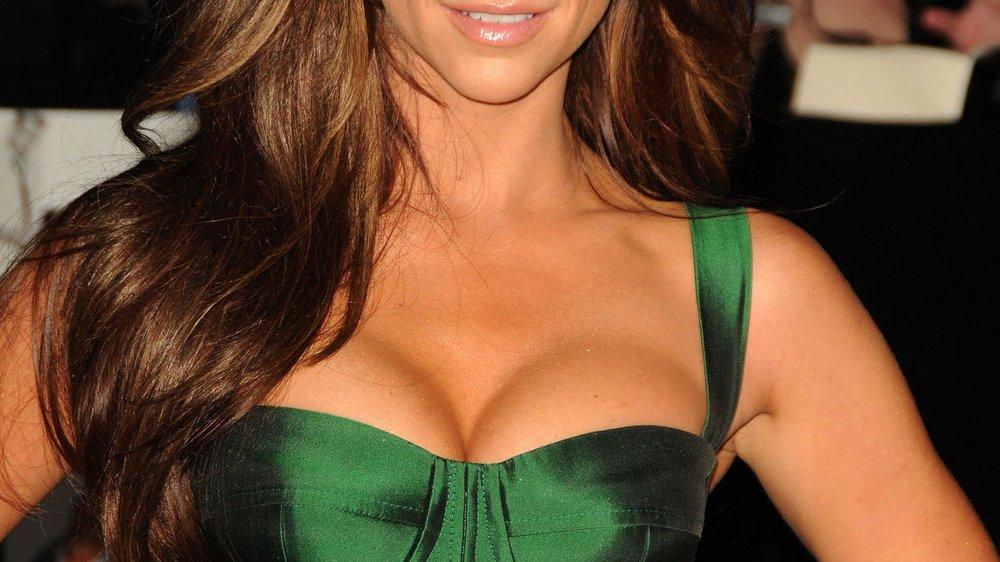 Jennifer Love Hewitt mag ihre Brüste