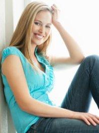 Im ersten Trimester der Schwangerschaft verändert sich der Körper einer Frau sehr.