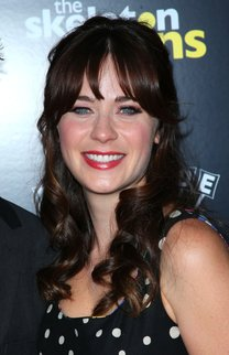 Zooey Deschanel: Locken mit fransigem Pony