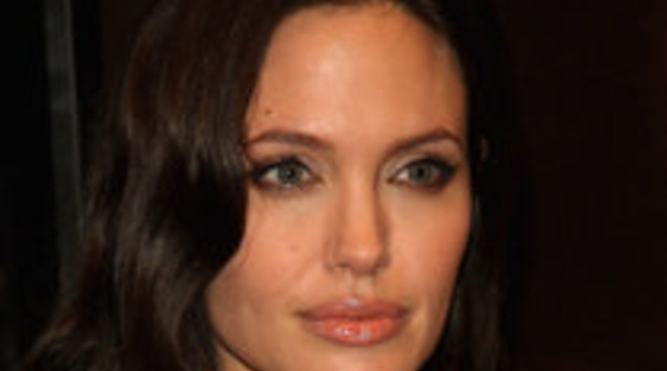 Jolie zeigt Tränen!