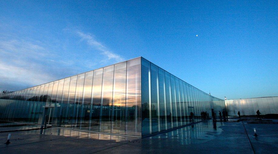 In Lens gibt es jetzt eine Dependance des Pariser Louvre.