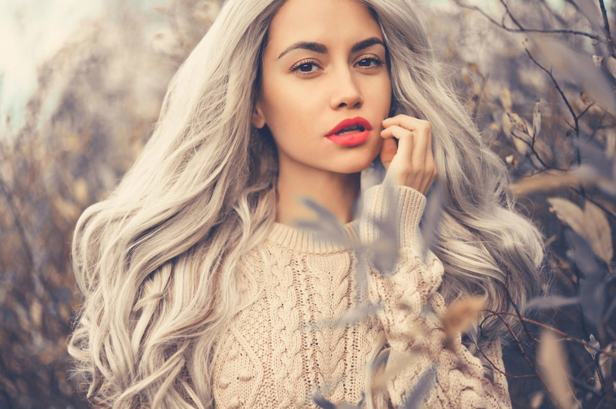 Abmattierte Haare
