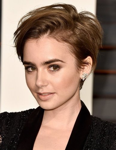 Lily Collins: Frecher Pixie