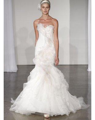 Brautkleid: Darf es bunt sein?