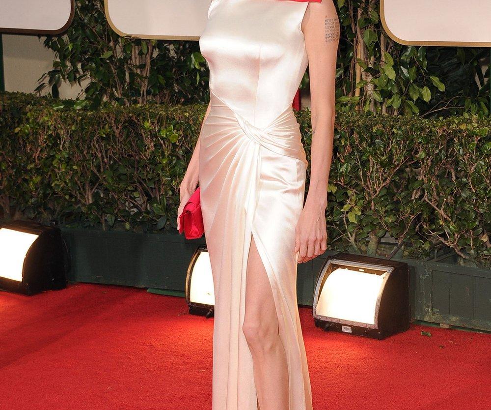 Angelina Jolie: So sieht ihr Brautkleid aus!