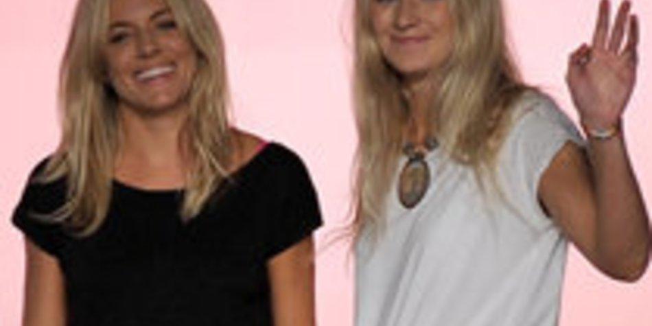 Sienna Miller stellt selbstentworfene Mode vor