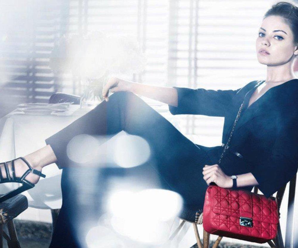 Mila Kunis modelt für Dior