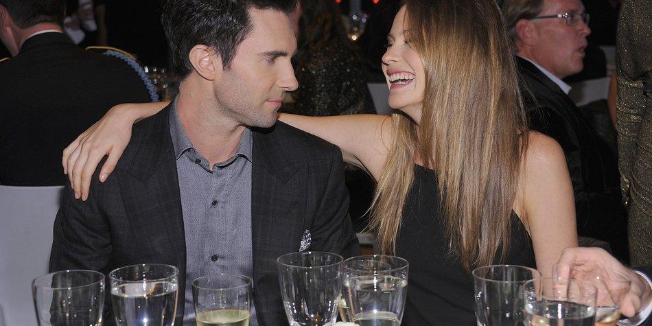 Adam Levine: So romantisch war sein Antrag!