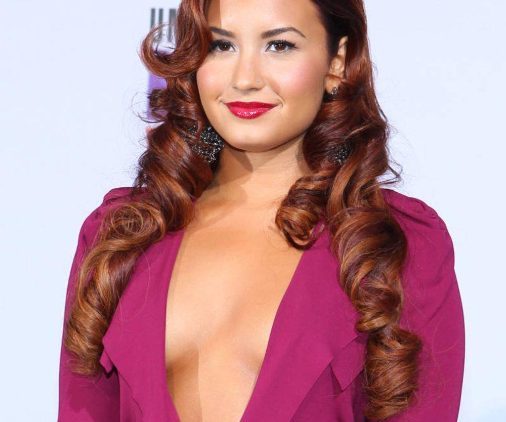Demi Lovato muss operiert werden