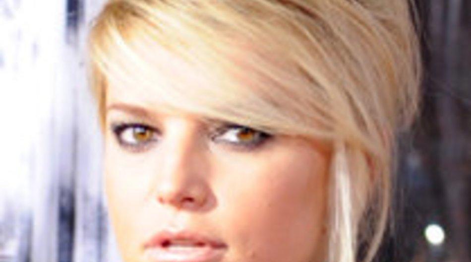 Jessica Simpson: Vom Schönheitswahn unter Druck gesetzt