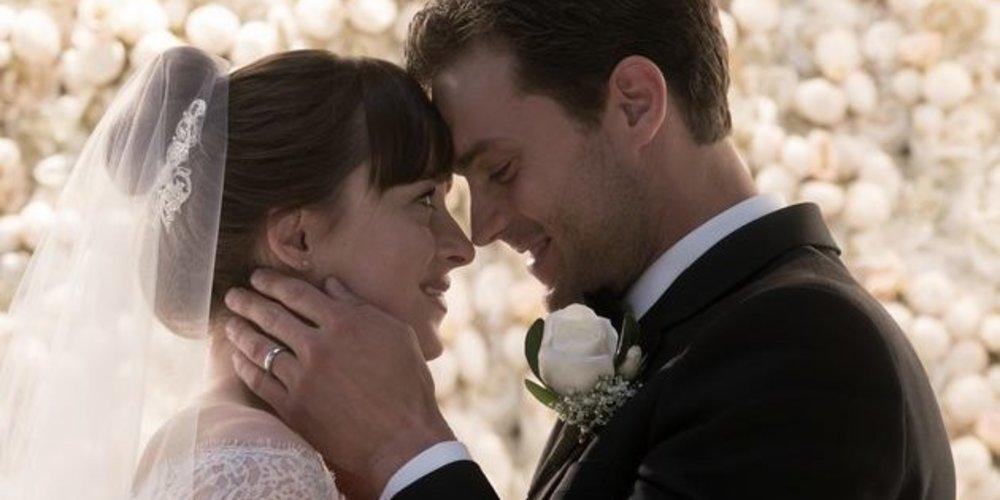 """Bald startet """"Fifty Shades of Grey – Gefährliche Liebe"""" in den deutschen Kinos. Wir versüßen dir den Endspurt mit 6 überraschenden Fakten zur Triologie."""