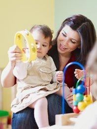 Tagesmutter oder Kindergarten?
