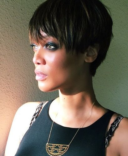 Tyra Banks: Femininer Pixie Cut