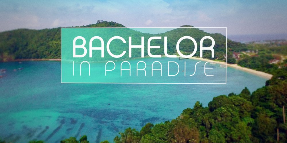 """Bei """"Bachelor in Paradise"""" treffen ehemalige Teilnehmer und Teilnehmerinnen der Bachelor und Bachelorette-Staffeln in einem wunderschönen Teil der Erde aufeinander."""