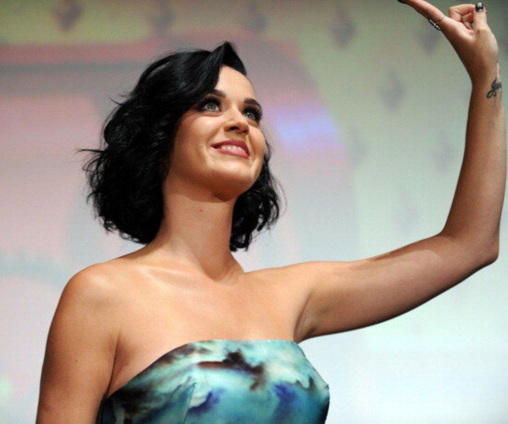 Katy Perry feiert Scheidungsparty