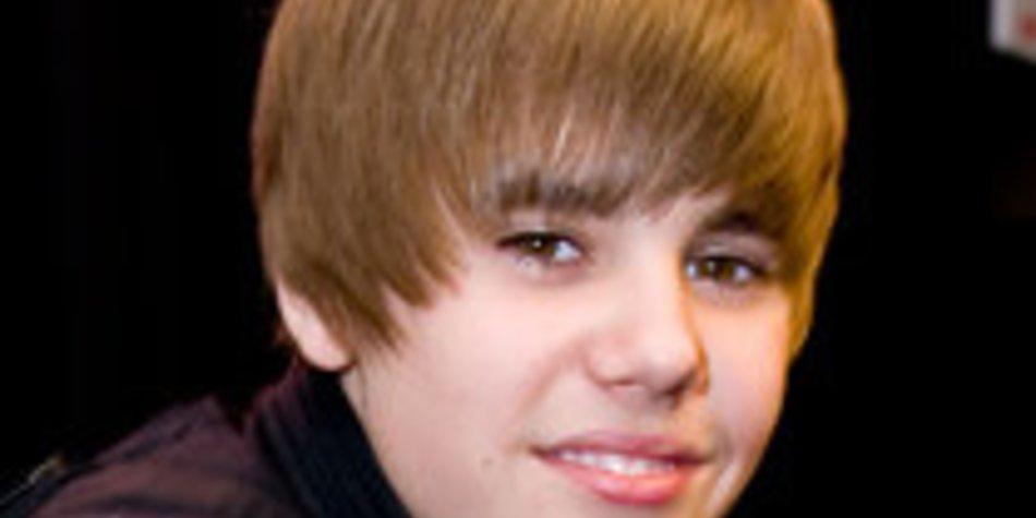 DSDS Kandidatin knutscht mit Justin Bieber