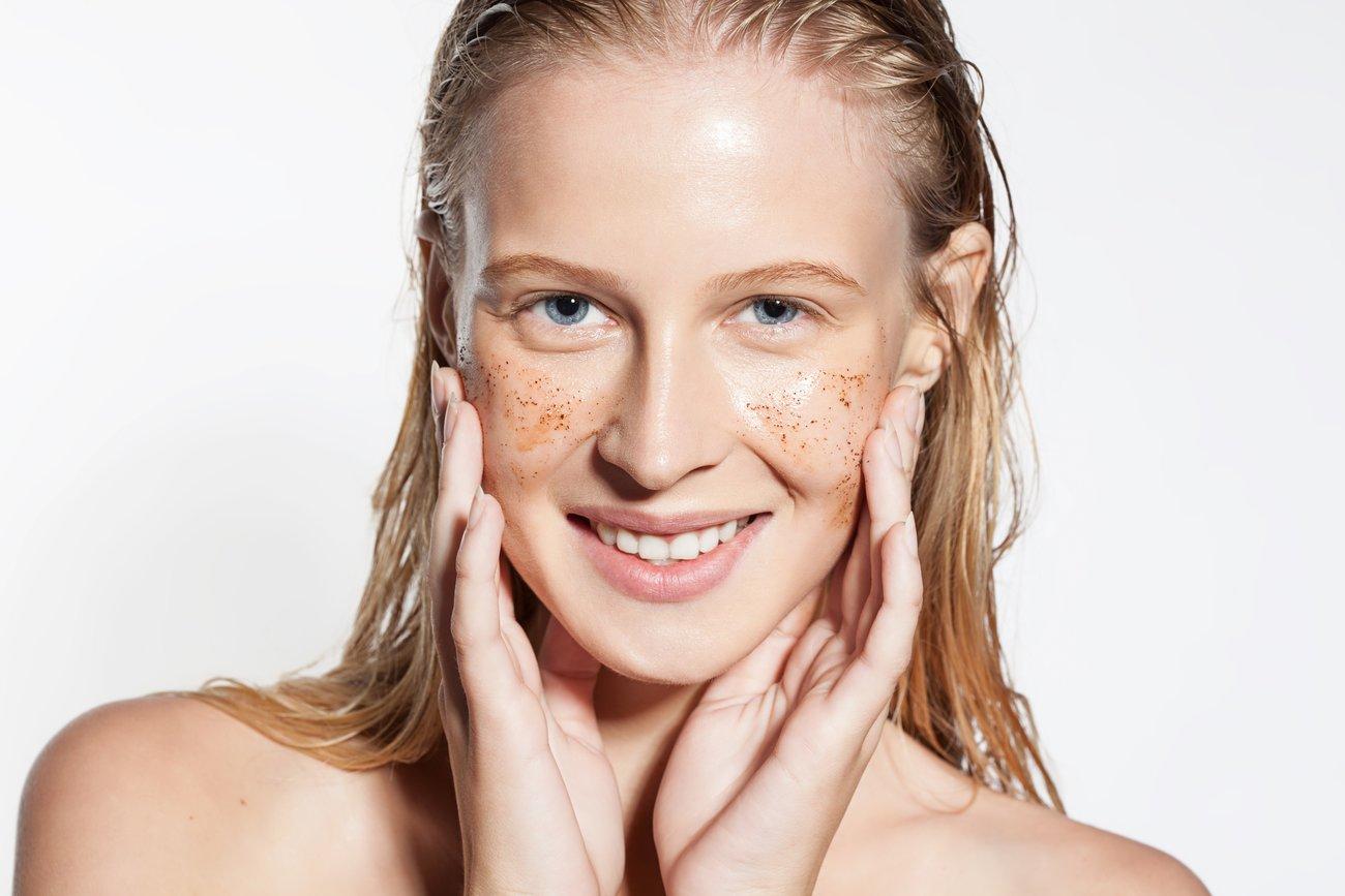 Peeling im Gesicht