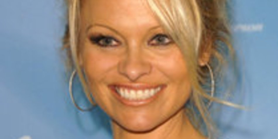 Pamela Anderson: Von der Badenixe zur Dancing-Queen