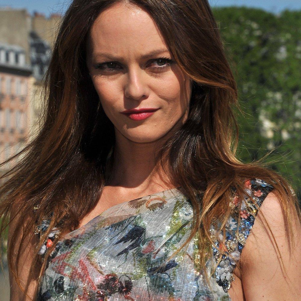 Vanessa Paradis: Turtelt sie mit Carla Brunis Ex?