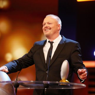 COLOGNE, GERMANY - OCTOBER 20: Stefan Raab speaks on stage after receiving the 'Ehrenpreis' at the 19th Annual German Comedy Awards at Coloneum on October 20, 2015 in Cologne, Germany. (Photo by Mathis Wienand/Getty Images)