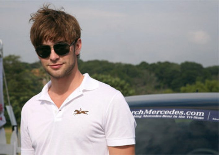 Chace Crawford spielt Polo