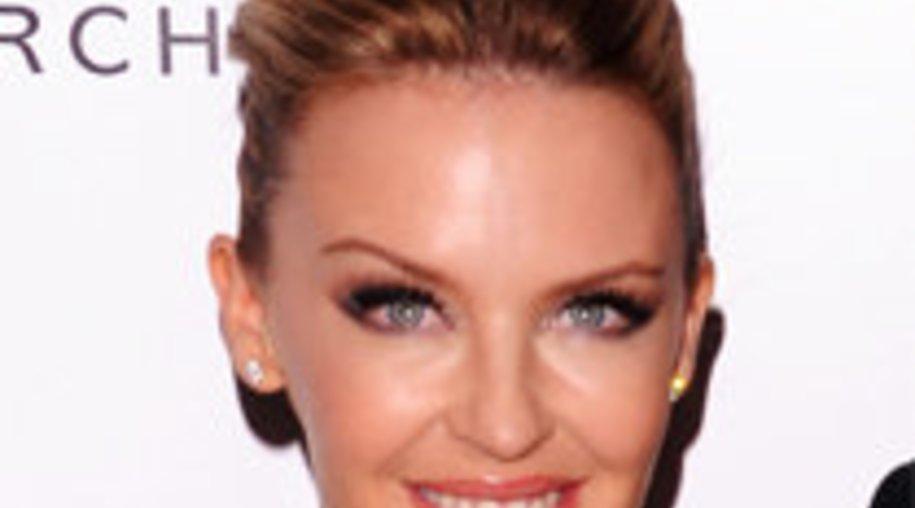 Kylie Minogue hat ihre Mama gefeuert