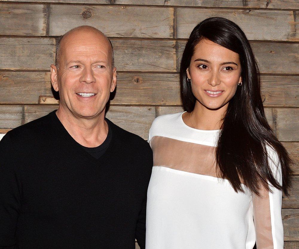 Bruce Willis zeigt sein Baby
