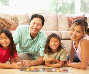 Gesellschaftsspiele für Kinder: Spielspaß für Familien