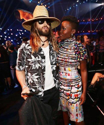 Lupita Nyong'o und Jared Leto verstehen sich auffallend gut