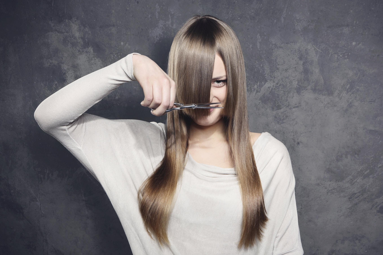 Haare toupieren mit toupierburste