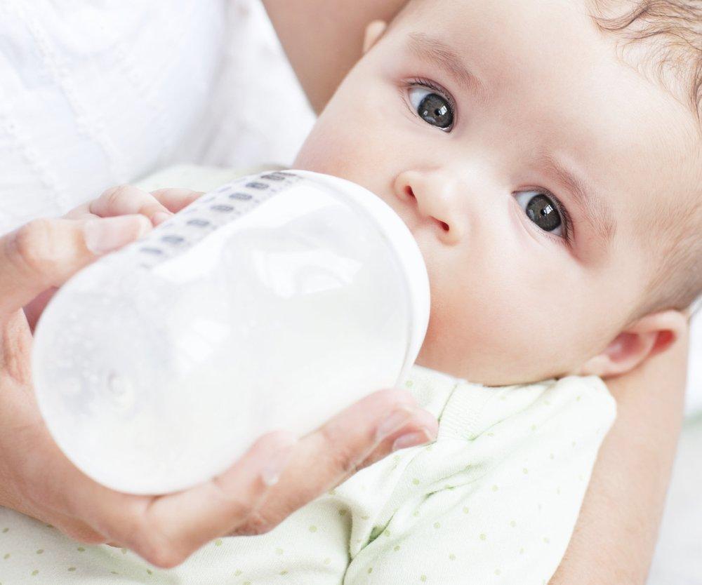 Darf Dein Baby Kuhmilch trinken?