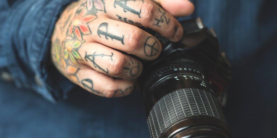 Knuckle Tattoo