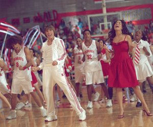 """High School Musical""-Stars singen ""We're all in this together"""