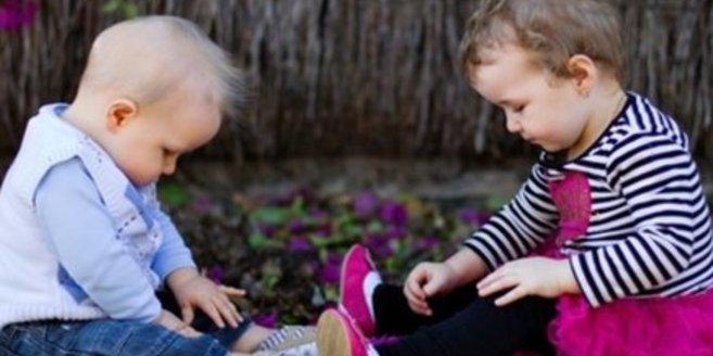Kinderbetreuung in KiTas oder bei Tagesmüttern.