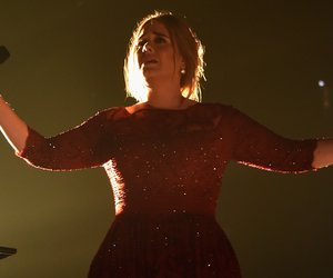LOS ANGELES, CA - FEBRUARY 15: Singer Adele performs onstage during The 58th GRAMMY Awards at Staples Center on February 15, 2016 in Los Angeles, California. (Photo by Larry Busacca/Getty Images for NARAS)