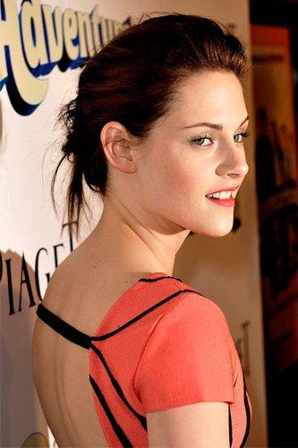Adventureland Star Kristen Stewart