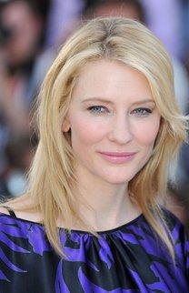 Cate Blanchett mit langen, durchgestuften Haaren