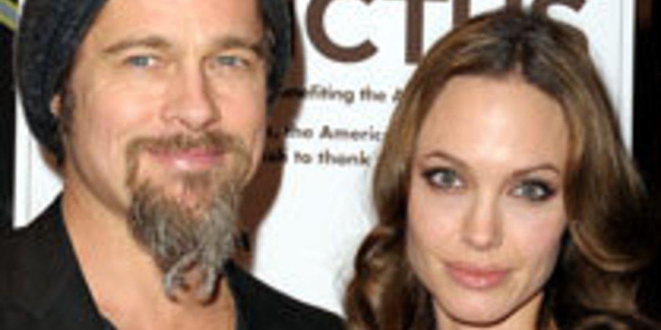 Angelina Jolie und Brad Pitt spielen High Society