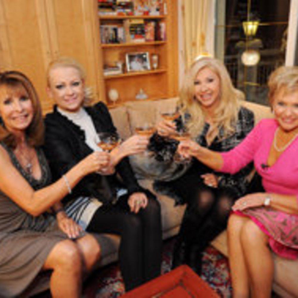 Das perfekte Promi Dinner: Blondinen-Power