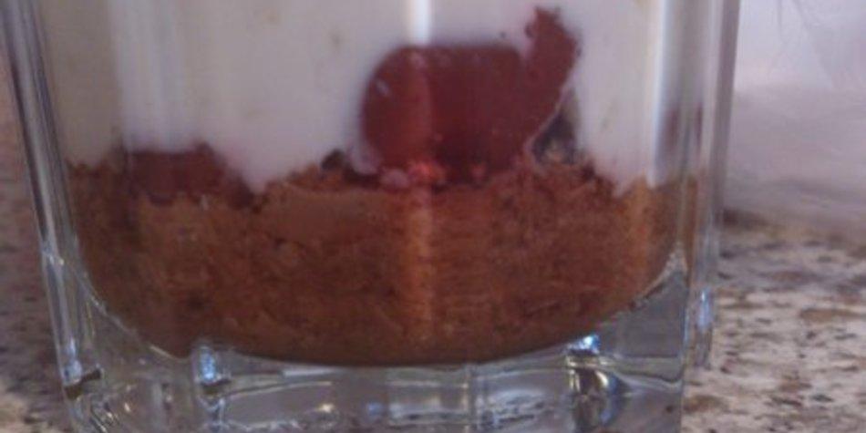 Lebkuchen-Eierlikör Dessert im Glas