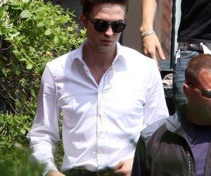 Robert Pattinson feiert Drehschluss
