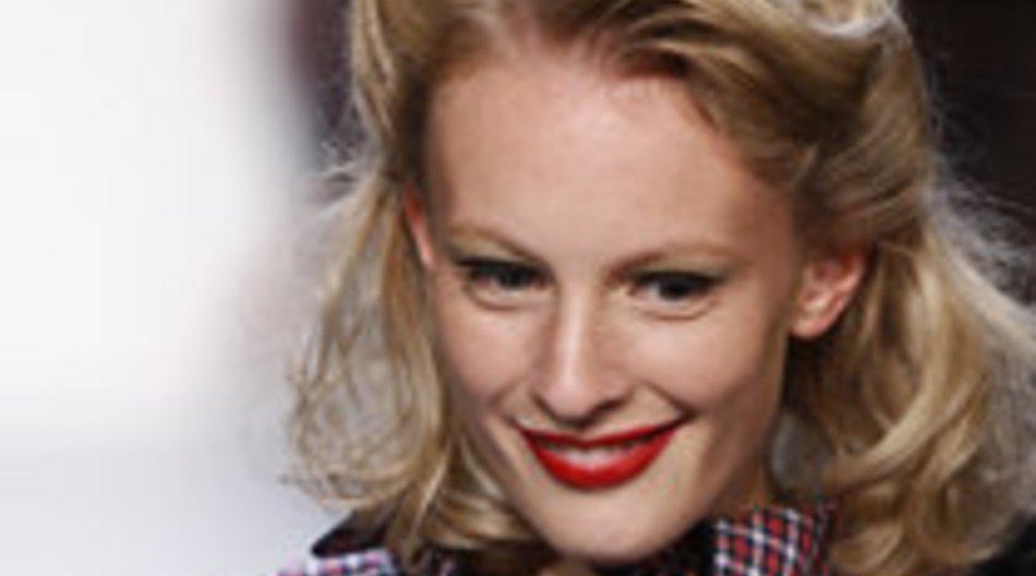 Lena Hoschek: Hollywoodglamour auf dem Laufsteg