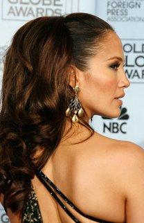 Jennifer Lopez: Toupierte Hochsteckfrisur