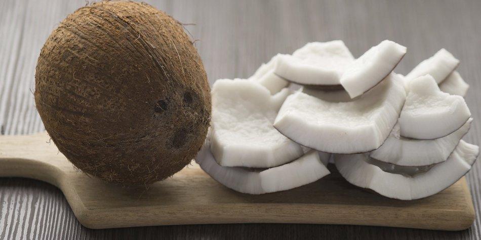 Kokosnuss: Harte Schale, leckerer Kern!