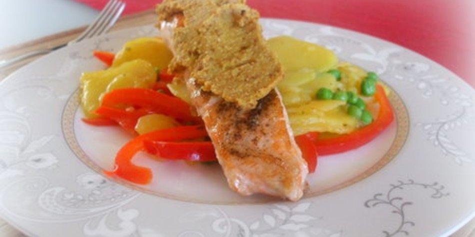 Lachstranchen mit Senfkruste und Rosmarinkartoffeln