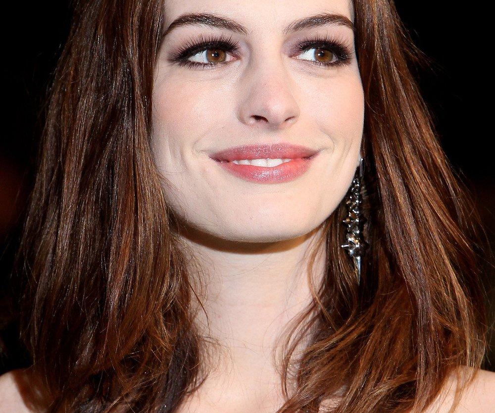 Anne Hathaway: Stuntman blaues Auge geschlagen?