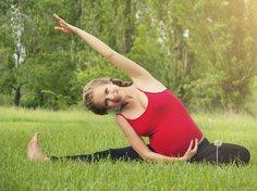 Yoga und Pilates sind in der Schwangerschaft empfehlenswert.