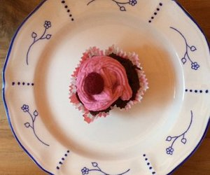 Angeschwippste Himbeer-Schoko-Cupcakes