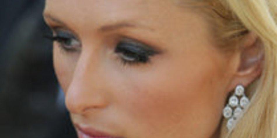 Paris Hilton droht Sammelklage